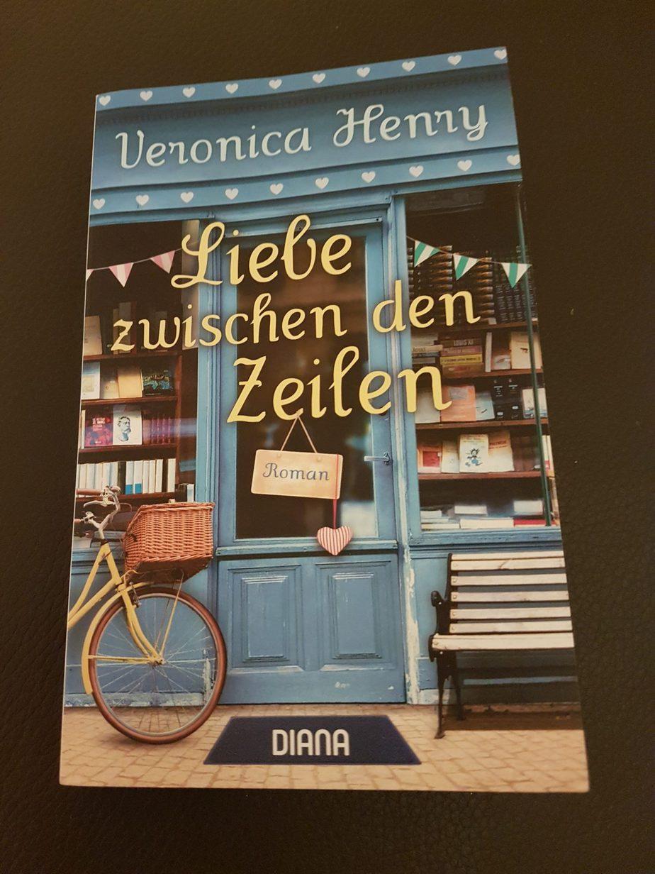 """"""" Liebe zwischen den Zeilen"""" von Veronica Hernry"""