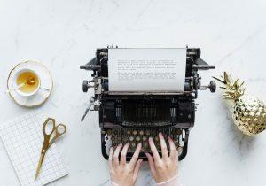 Bild mit Schreibmaschine