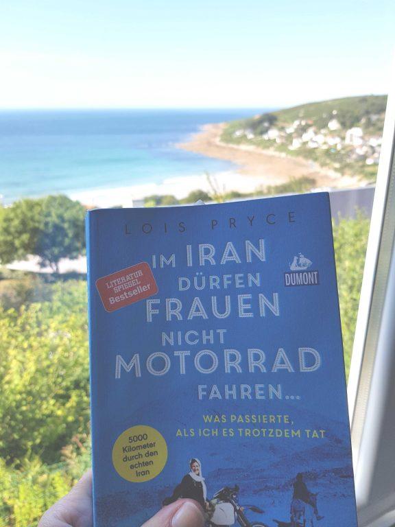 """""""Im Iran dürfen Frauen nicht Motorrad fahren….was passierte, als ich es trotzdem tat"""" von Lois Pryce [ Rezension]"""